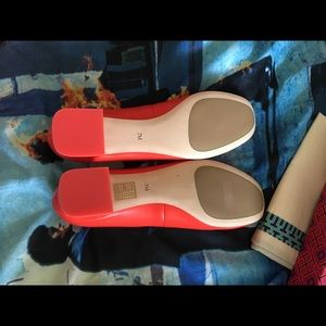 2ad6b8aa284e Tory Burch Shoes - Tori Burch red leather GiGi Pumps.